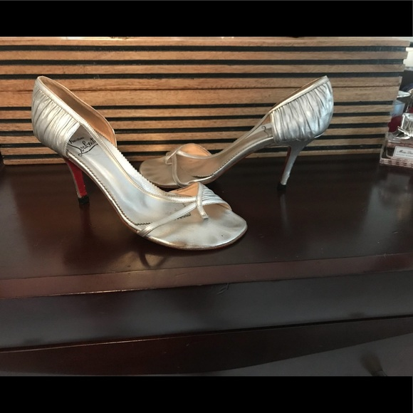 reputable site 47fd5 15093 Vintage Christian Louboutin Heels 8.5